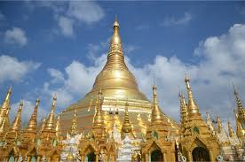 Pagoda Shwedagon in Birmania, made of genuine gold plates